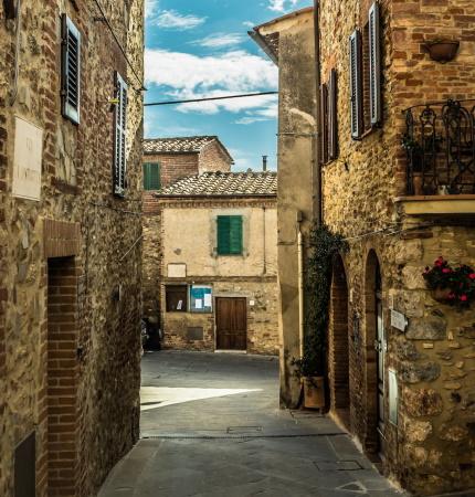 civitella-marittima-street-tuscany